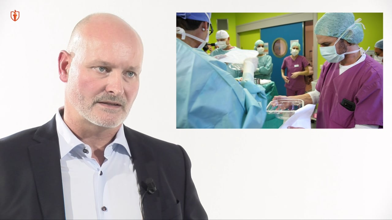 Breast augmentation with the axillary approach with Dr. Jens Baetge